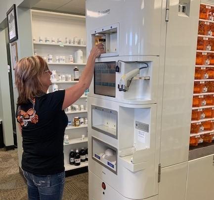 Robotic prescription filling solutions
